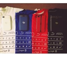 Áo thun Blackberry qwerty